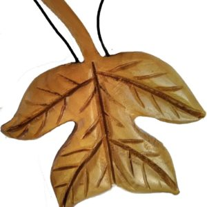 Wood Leaves – Tulip Tree Necklace